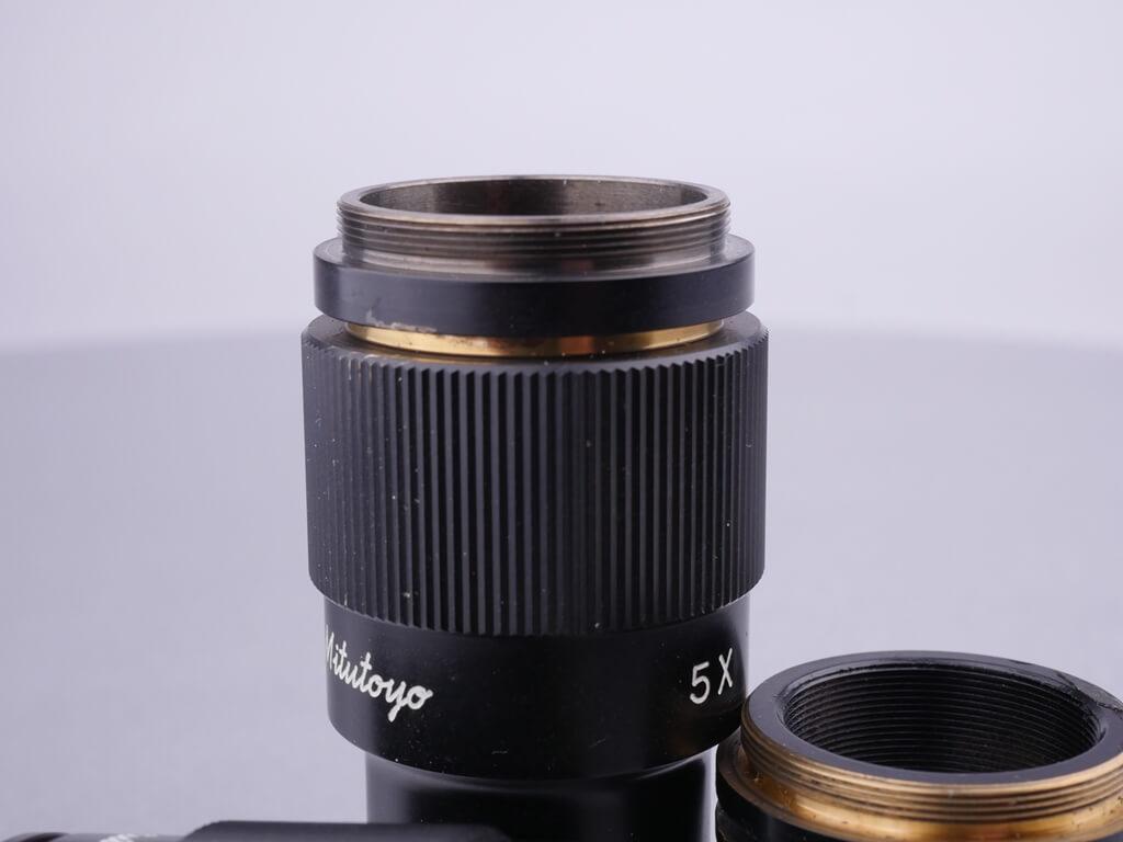 Mikroskop-Objektiv-Gewinde, RMS-Gewinde, Mikroskop: Außengewinde in Nahaufnahme